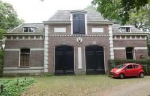 Monumentaal koetshuis Schothorsterlaan 17 Hoogland