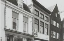Renovatie winkel met 2 bovenwoningen Langestraat 133